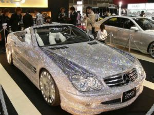 85204d1147826246-diamond-encrusted-mercedes-benz-sl-diamond-2[1]