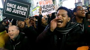 ap_eric_garner_reaction_12_jc_141203_16x9_992[1]